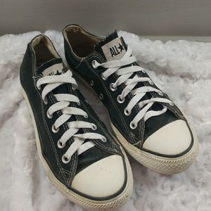 Shoes - Classic Black Converse All Star Low Top